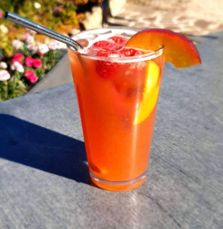 Delicious cocktails, hotel gex, La Mainaz.