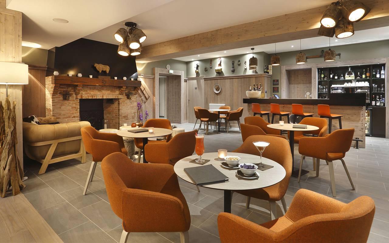 Bar lounge of the hotel, hotel Gex, La Mainaz.