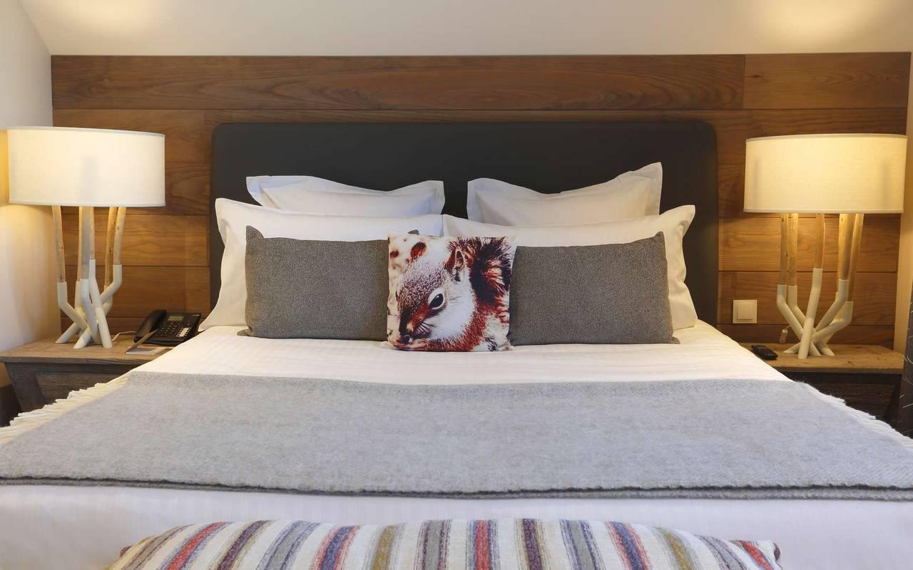 Large and comfortable double bed, hotel divonne les bains, La Mainaz.