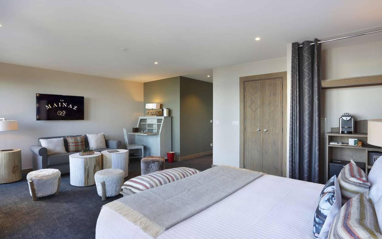 Junior suite, geneva wedding venue, hotel La Mainaz