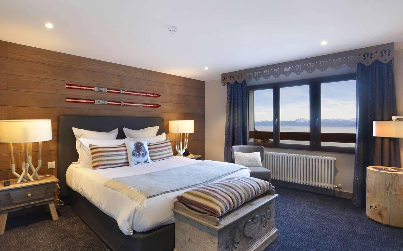 Elegant bedroom, geneva wedding venue, hotel La Mainaz