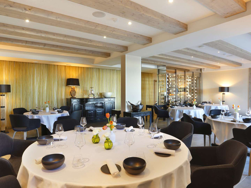 Restaurant gastronomique jura la mainaz - Decoration table restaurant gastronomique ...