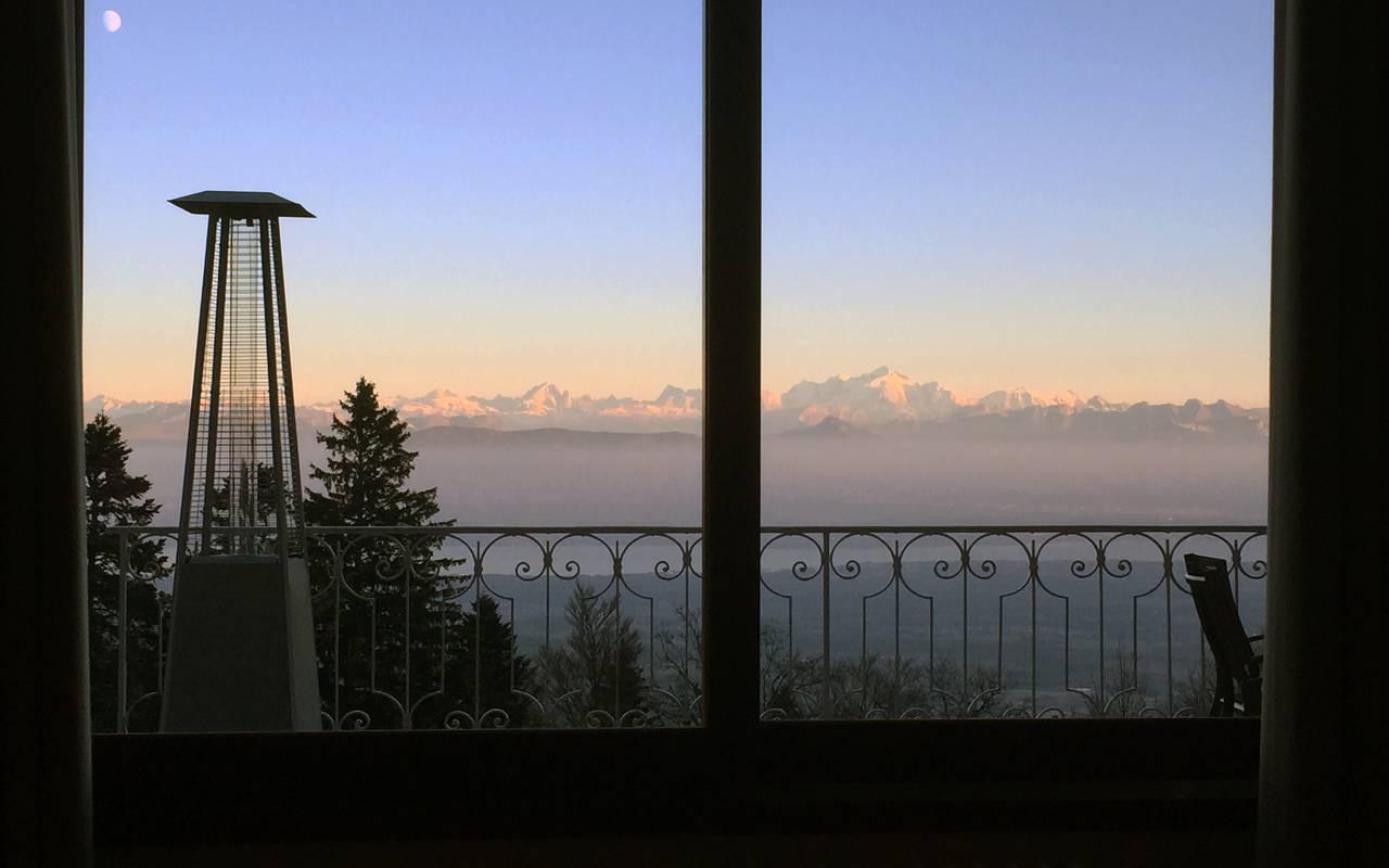 Vue sur le Mont Blanc, hôtel Mijoux, La Mainaz