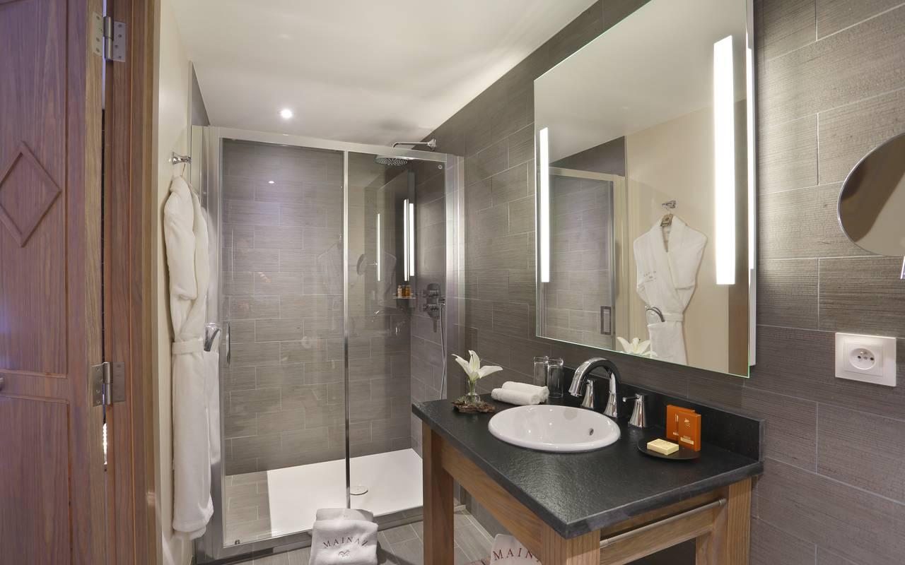 Salle de bain, hotel frontiere suisse, La Mainaz.