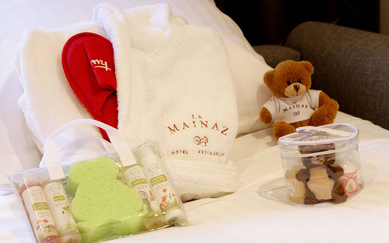 Produits d'accueil, hôtel romantique jura, La Mainaz.