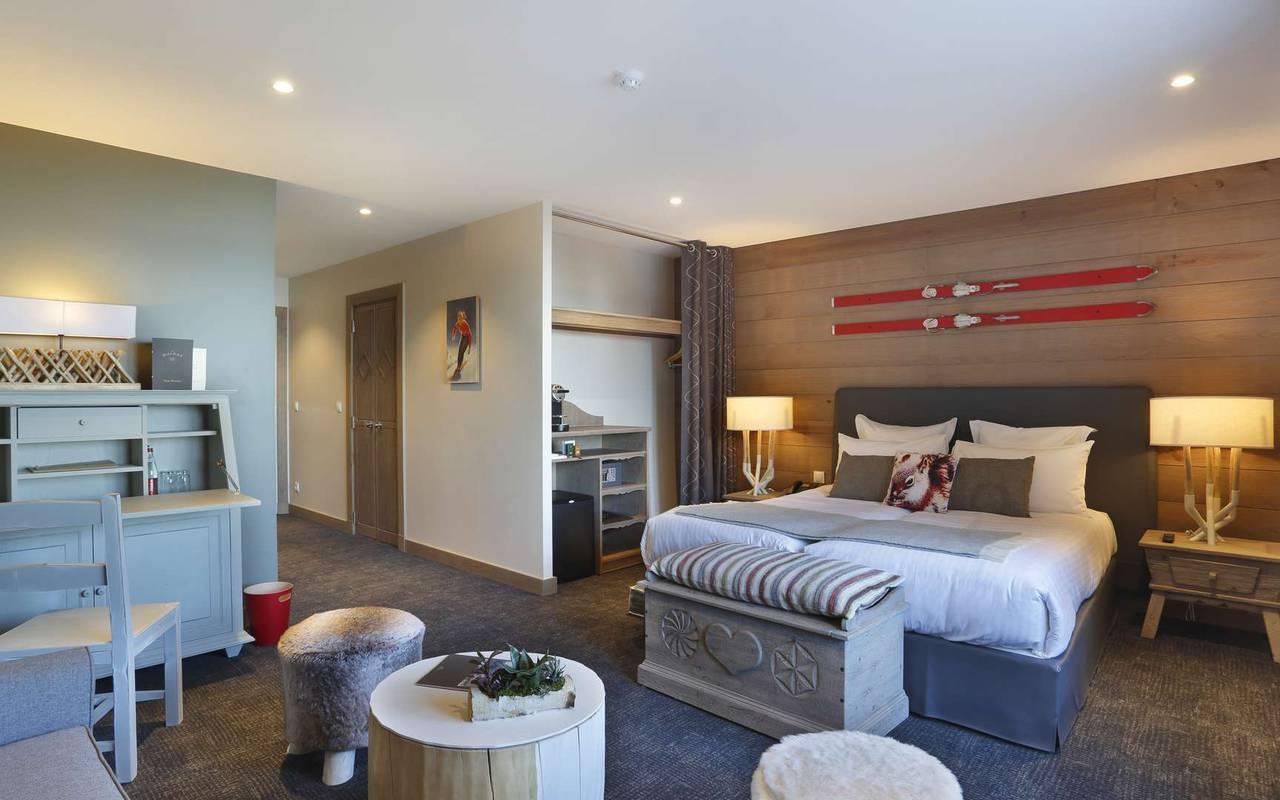 Suite élégante, hôtel mijoux, La Mainaz