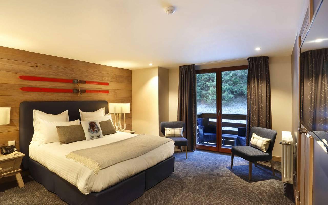Chambre spacieuse, hôtel mijoux, La Mainaz