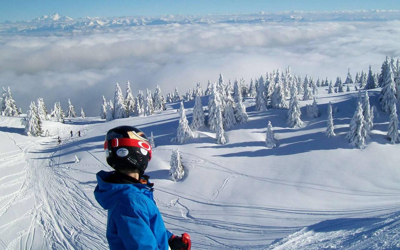 Pistes de ski, hôtel de charme franche comte proche de la frontiere suisse, hôtel la mainaz