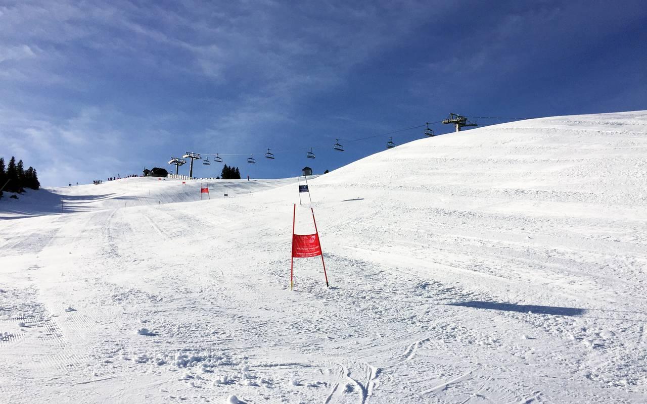 Piste de slalom, hôtel Mijoux, La Mainaz